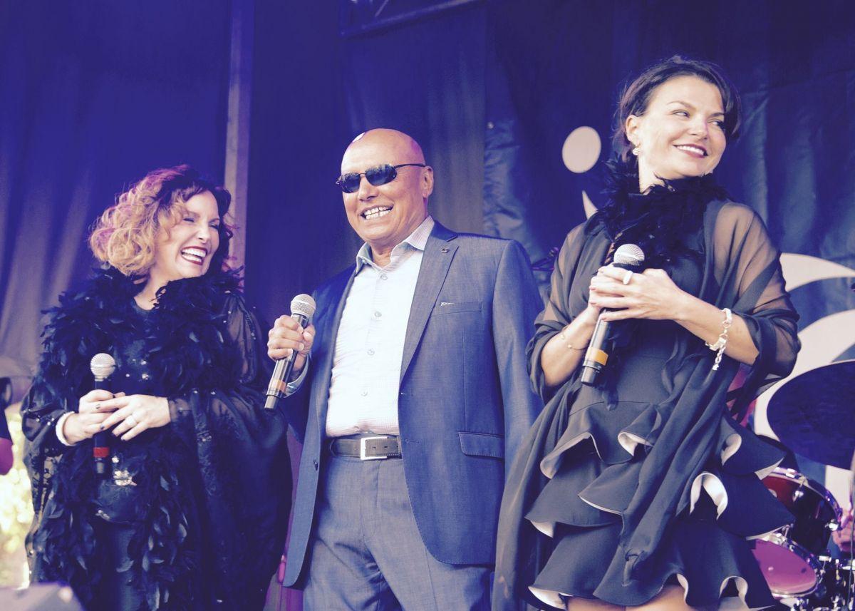 Katee Julien, Colin Hunter et Sabrina Ferland